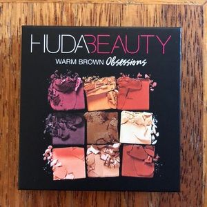 HUDA BEAUTY Obsessions Palette in Warm Brown